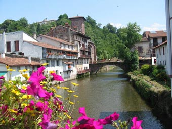 Pays basque - Train biarritz to saint jean pied de port ...